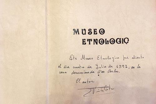 Libro de inauguración del Museo Etnográfico de Formentera en 1993