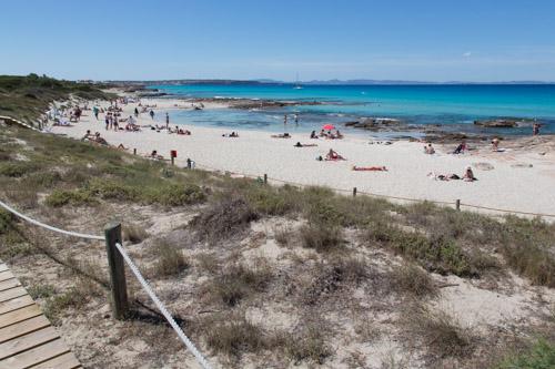 Ses Platgetes, la playa de Es Caló, Formentera